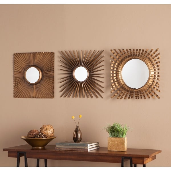 Carson Carrington Orivesi 3-piece Decorative Mirror Set - Antique Gold. Opens flyout.