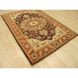 Hand-knotted Wool Brown Traditional Oriental Peshawar Searpi Rug (4'1 x 6')