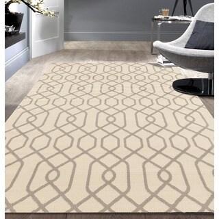 Modern Trellis Pattern Cream Area Rug (5'x7')
