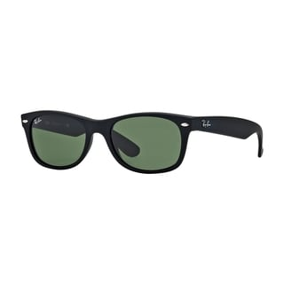 Ray-Ban RB2132 622/58 New Wayfarer Black Frame Polarized Green 55mm Lens Sunglasses