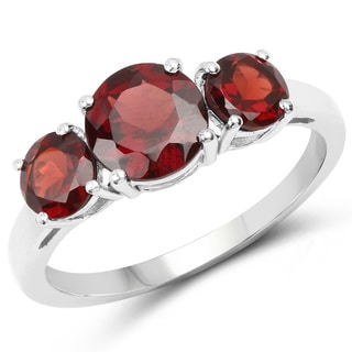 Malaika White Sterling Silver 2 4/5ct Genuine Red Garnet Ring