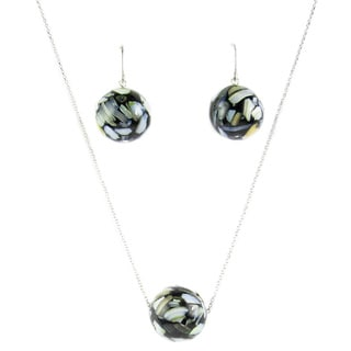 Pearl Lustre Sterling Silver Black Mother of Pearl Earring and Pendant Set
