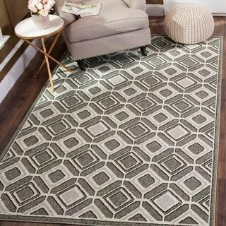 Safavieh Indoor/ Outdoor Amherst Grey/ Light Grey Rug (7' x 7' Square)
