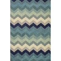 Hand-hooked Tessa Multi/ Blue Wool Rug - 3'6 x 5'6'
