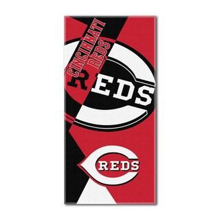 MLB 622 Reds Puzzle Beach Towel