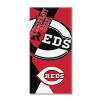 MLB 622 Reds Puzzle Beach Towel