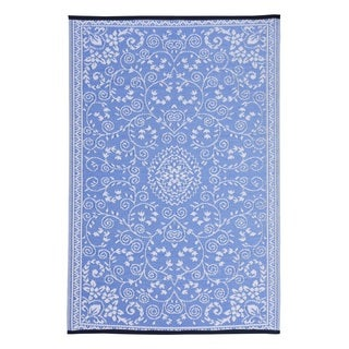 Blue/White Polypropylene Classic Indoor/Outdoor Reversible Area Rug (6' x 9')