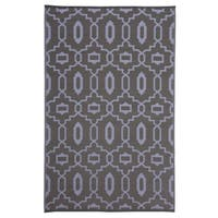 Trellis Grey Indoor/Outdoor Reversible Area Rug - 5' x 8'