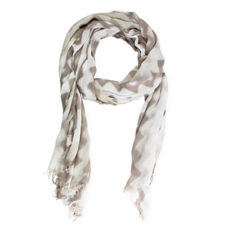 Handmade Saachi Women's Wave Print Scarf (China)