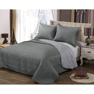 Solid Reversible Charcoal/ Lavendar 3-piece Quilt Set