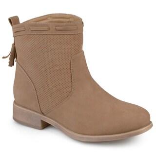 Journee Collection Women's 'Zandra' Round Toe Tassled Boots