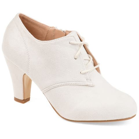 Journee Collection Women's 'Leona' Vintage Round Toe Lace-up Booties
