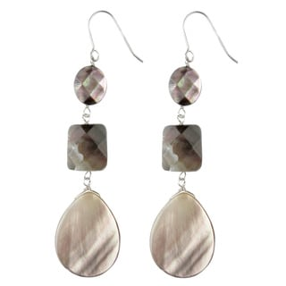 Pearl Lustrre Sterling Silver Black Mother of Pearl Earrings