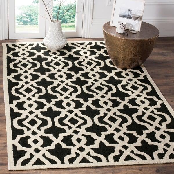 Safavieh Hand-Hooked Four Seasons Black/ Ivory Polyester Rug - 9' x 12'