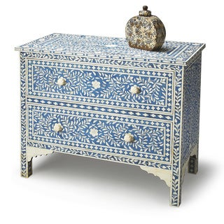 Handmade Butler Vivienne Blue Bone Inlay Chest (India)