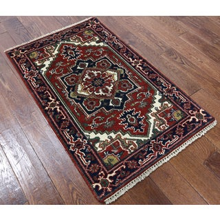 Heriz Oriental Red Wool Hand-knotted Rug (2'7 x 4'1)