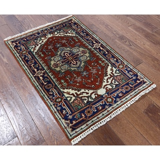 Oriental Heriz Red Wool Hand-knotted Rug (2' 9 x 4')