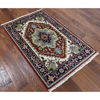 Oriental Heriz Red Wool Hand-knotted Rug (2' 8 x 4' 2)