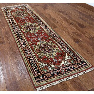 Red Wool Oriental Heriz Hand-knotted Rug (2'5 x 8'3)
