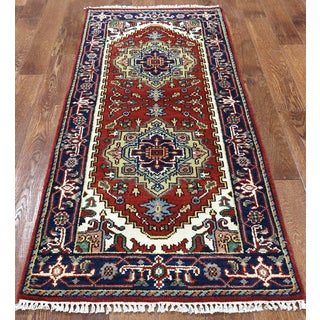 Red Wool Oriental Heriz Hand-knotted Rug (2'7 x 6')