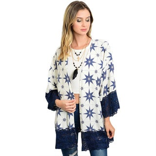 Shop the Trends Women's Blue/White Polyester 3/4-sleeve Woven Hemmed Kimono with Open-front Design and Lace-trimmed Sleeves