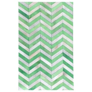 Exquisite Rugs Chevron Jade/White Leather Hair-on-hide Rug (11'6 x 14'6)