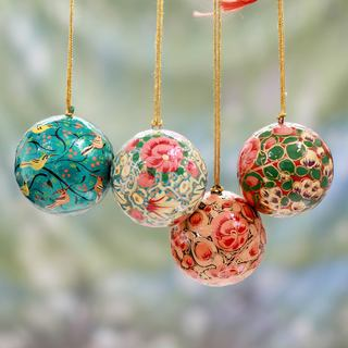 Set of 4 Handmade Papier Mache 'Christmas Joy' Ornaments (India)