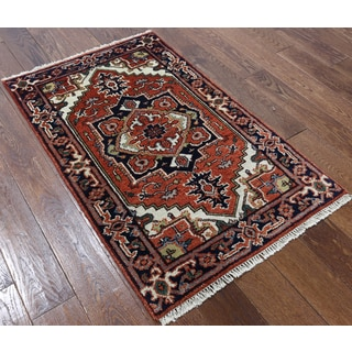 Hand-knotted Oriental Heriz Red Wool Rug (2'7 x 4'2)