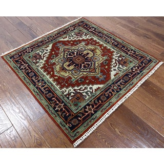 Hand-knotted Oriental Heriz Red Wool Rug (4' x 4'1)