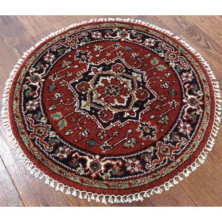 Hand-knotted Oriental Heriz Red Wool Rug (3'1 x 3'1)