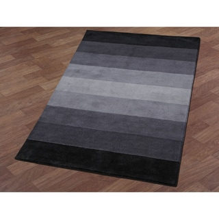 Black to Grey Stripes Rug (5' x 8')