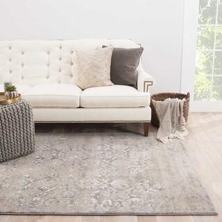 Modern Vintage Look Pattern Grey/ Silver Polypropylene Area Rug (7'6 x 9'6)