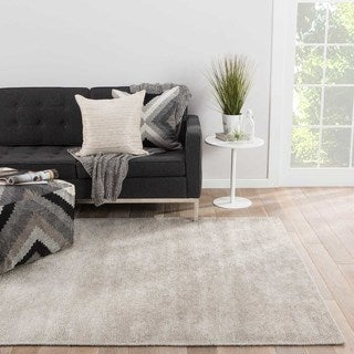 Youth Geometric Pattern Grey/ Silver Silk and Cotton Area Rug (8' x 11')