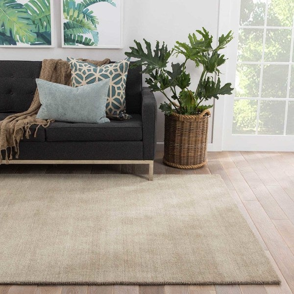 Constanz Handmade Solid Taupe Area Rug - 9' X 13'