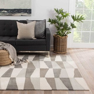Youth Geometric Pattern Neutral/ Brown Polyester Area Rug (7'6 x 9'6)