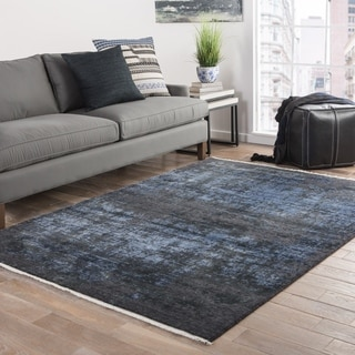 Modern Vintage Look Pattern Black/ Blue Wool and Viscose Area Rug (7'6 x 9'6)