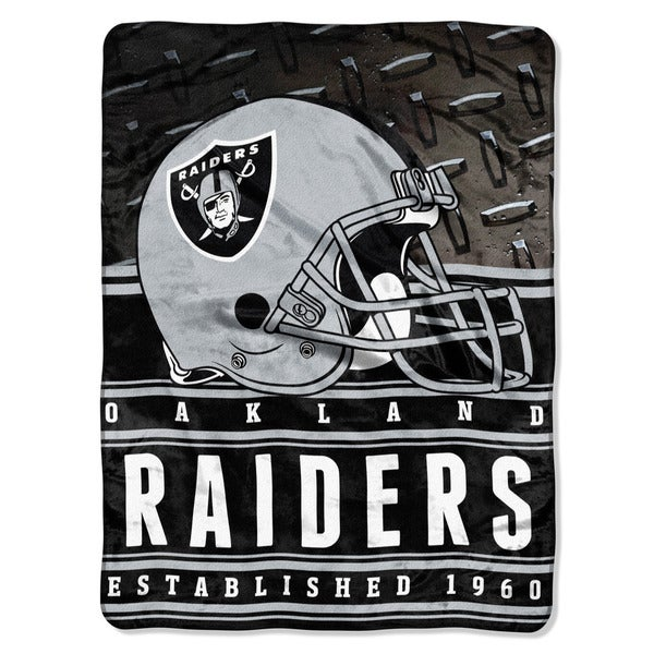 NFL 071 Raiders Stacked Silk Touch Raschel Throw