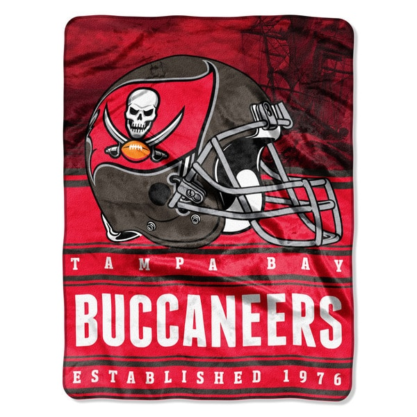 NFL 071 Bucs Stacked Silk Touch Raschel Throw