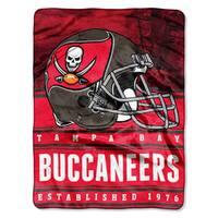 NFL 071 Bucs Stacked Silk Touch Raschel Throw