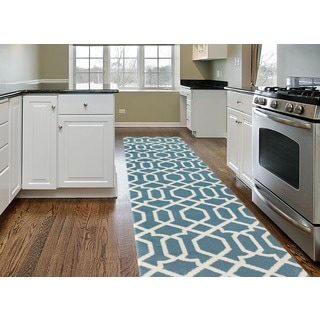 Blue Soft Trellis Contemporary Indoor Area Runner Rug (2' x 7'2)