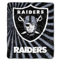 NFL 065 Raiders Sherpa Strobe Throw