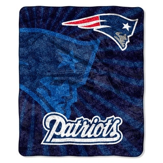 The Northwest Company NFL New England Patriots Sherpa Strobe Throw