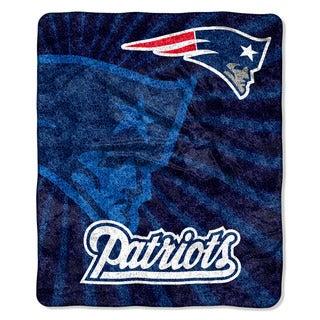 The Northwest Company NFL New England Patriots Sherpa Strobe Throw