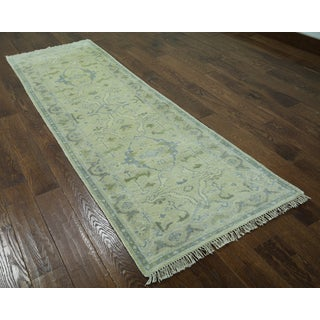 Hand-knotted Oriental Oushak Ivory Wool Rug (2'6 x 7'11)