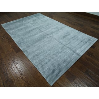 Hand-knotted Oriental Persian Grey Silk Rug (5' 1 x 8' 2)