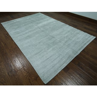 Hand-knotted Oriental Persian Grey Silk Rug (6' 1 x 9' 2)