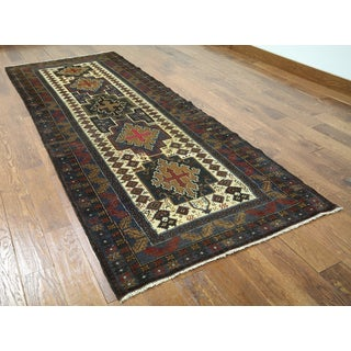 Hand-knotted Oriental Baluch Multi Wool-on-wool Rug (3'8 x 9'4)