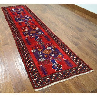 Red Wool-on-wool Oriental Baluch Hand-knotted Rug (2'6 x 9'2)