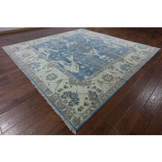 Hand-knotted Oriental Oushak Blue Wool Rug (9'10 x 10')