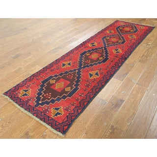 Hand-knotted Oriental Baluch Red Wool on Wool Rug (2'6 x 9'2)
